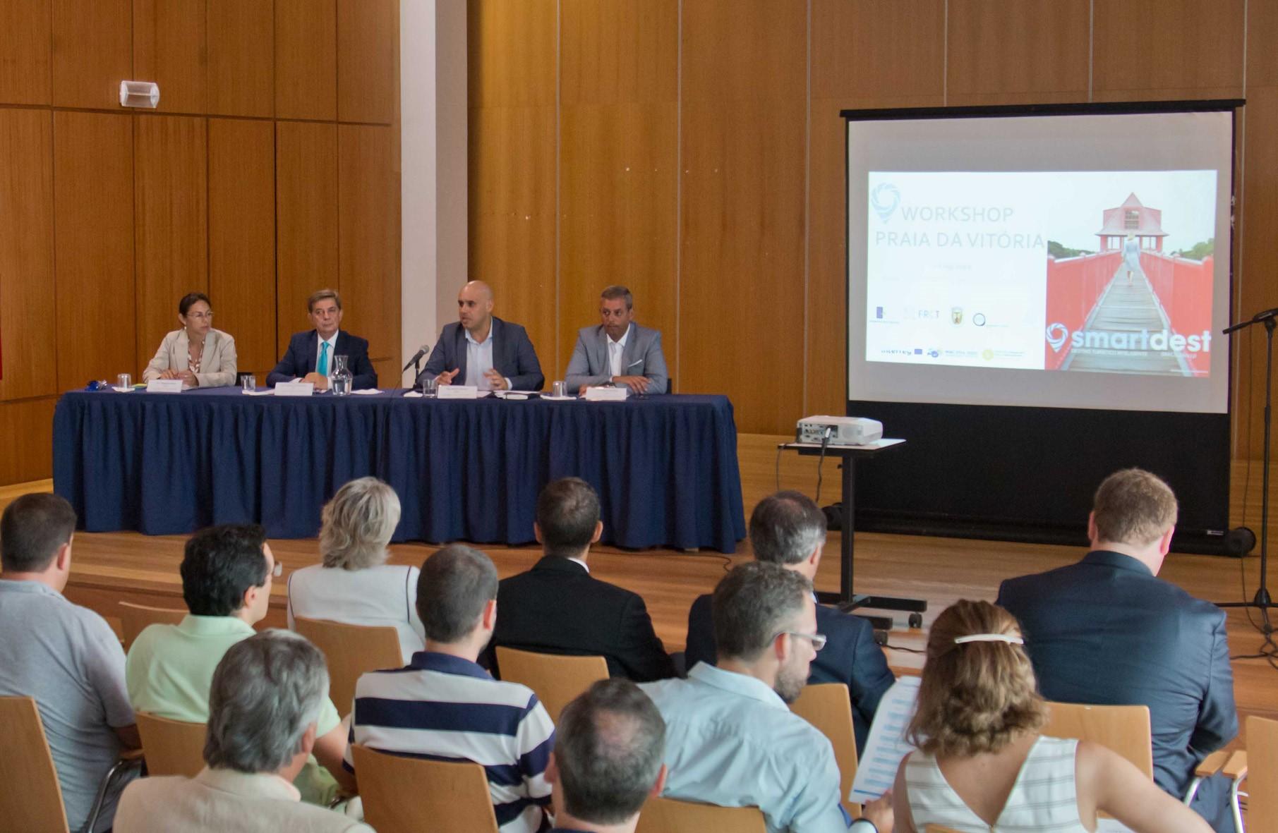Projeto europeu 'SMARTDEST' terá componente prática na Terceira para desenvolver soluções tecnológicas ligadas ao turismo