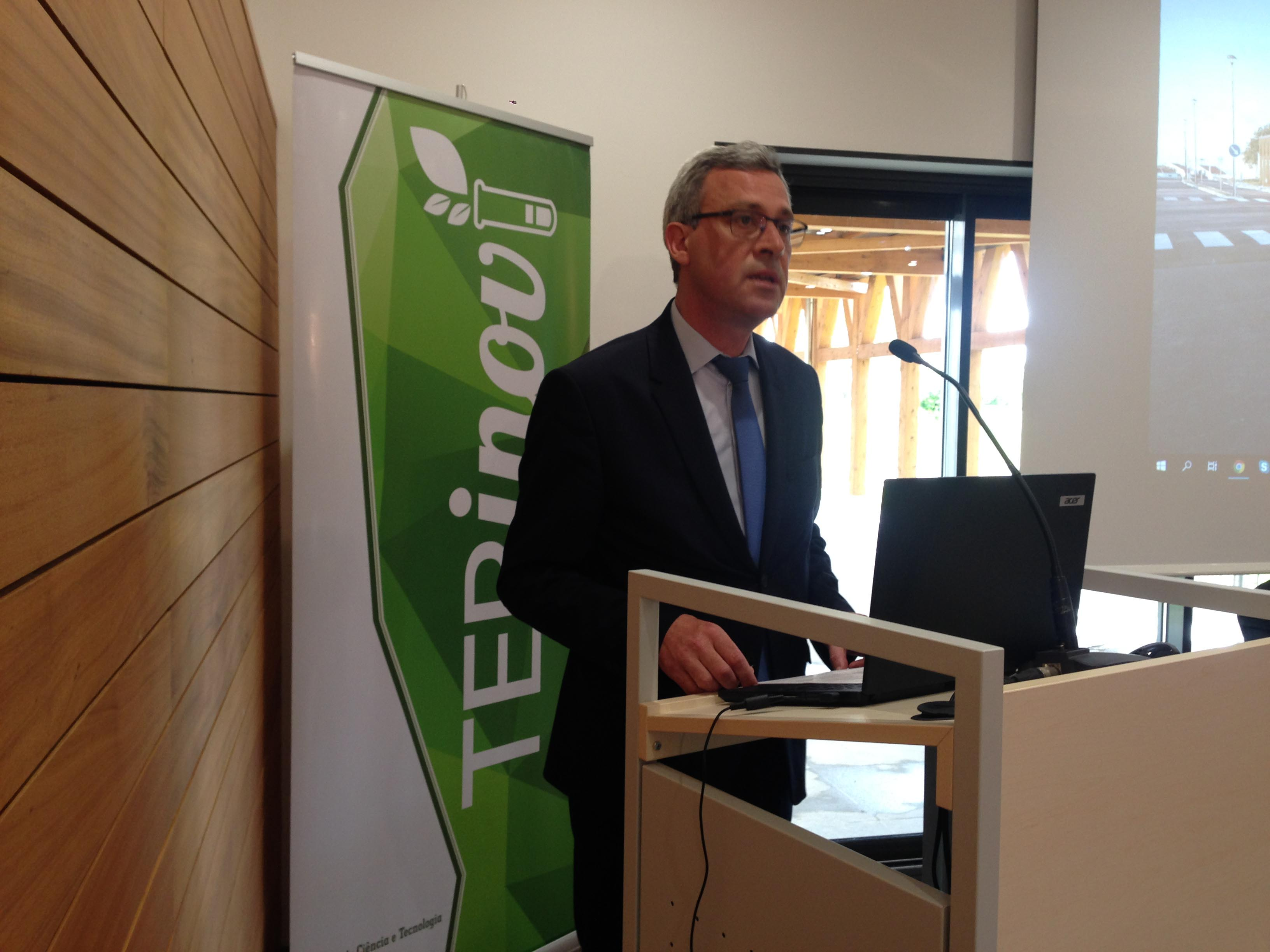 Açores estão no centro de acordos de cooperação científica e tecnológica com a Universidade de Massachusetts Lowell