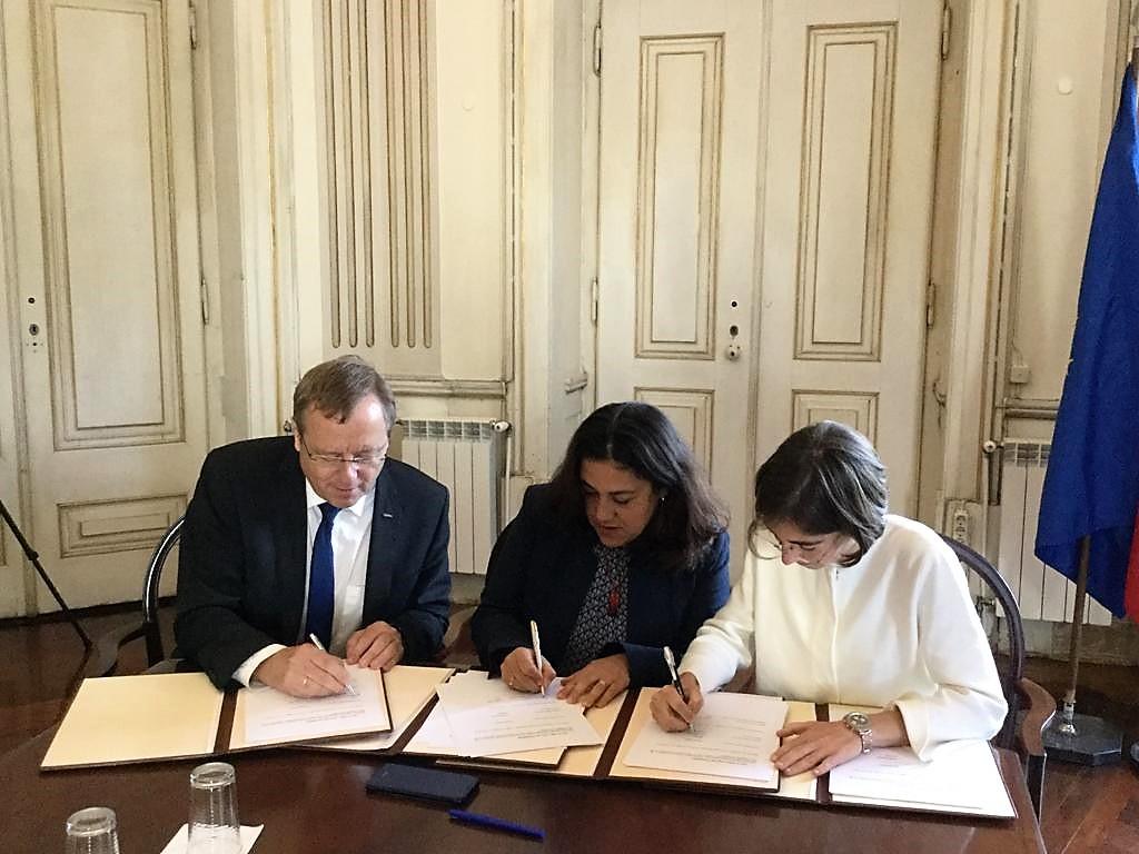 Governo dos Açores assina memorando de cooperação para criação da ESA_Lab@Azores na Terceira