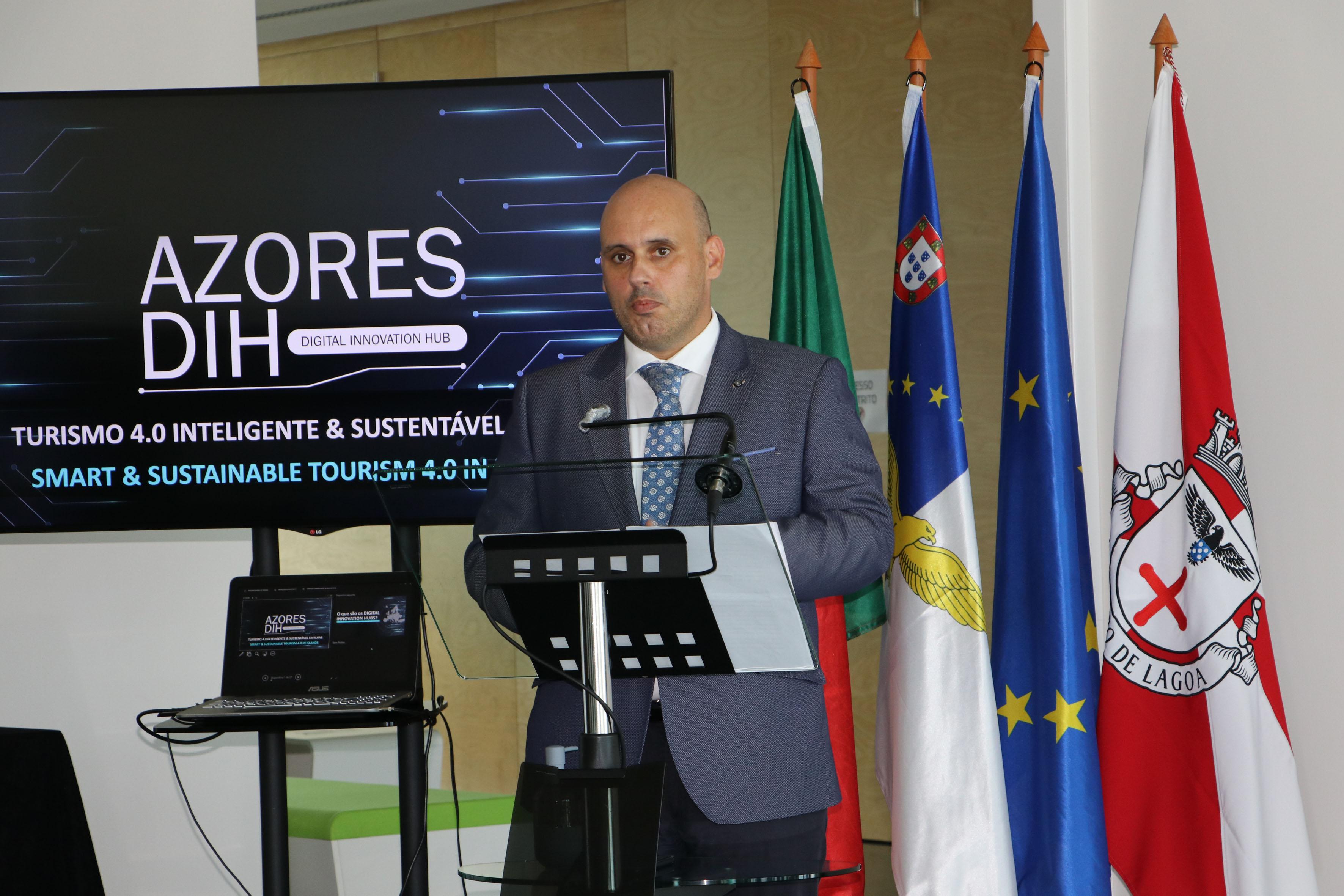 Governo dos Açores cria polo de inovação digital para aceleração tecnológica de pequenas e médias empresas
